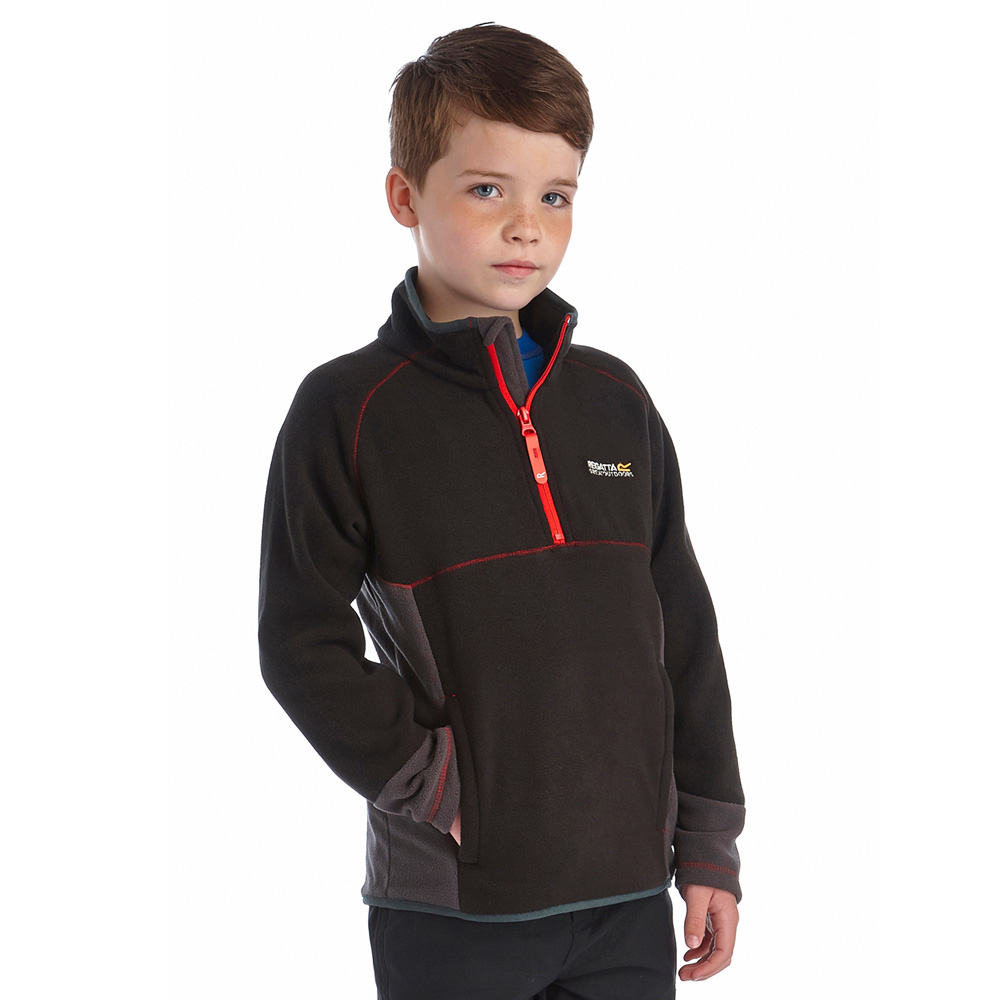 Product image of Regatta Boys Whinfell Warm Half Zip Fleece Top Black