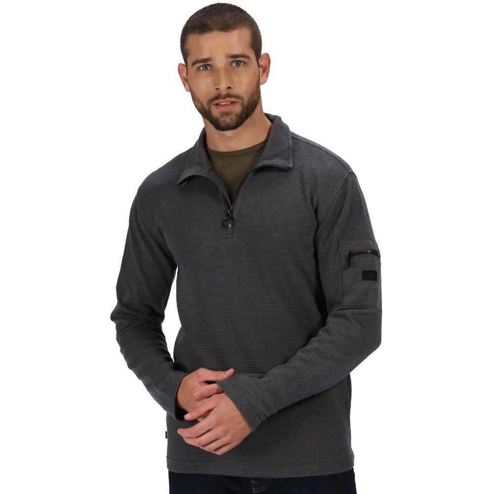 Regatta BoysandGirls Whiteshaw Glow-in-the-dark Long Sleeve T-shirt 5-6 Years - Chest 59-61cm (height 110-116cm)